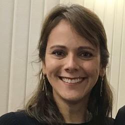 Luciana Taffarello - English to Portuguese translator