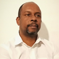 Paulo Moreira - inglés a portugués translator
