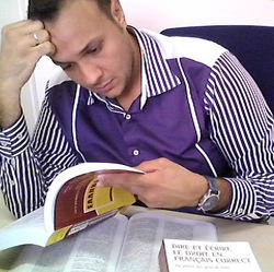 Kritikos Takis - French to Greek translator