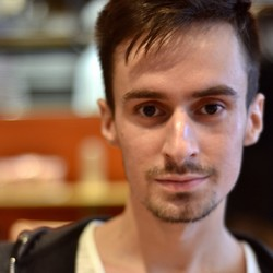 charleseg - English to French translator