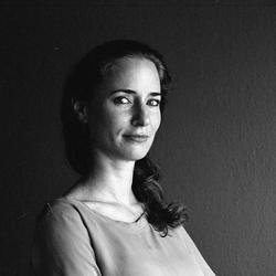 Sandra Bau - English to French translator