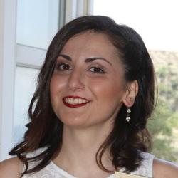 Eftychia Tsouga - angielski > grecki translator