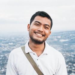 Rahmad Adi Wijaya - inglés a indonesio translator