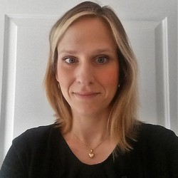 Nina Burkard - English to German translator