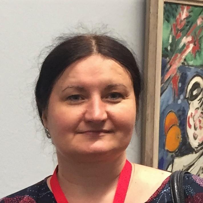 Elena Starodub - angielski > ukraiński translator