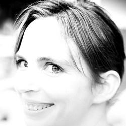 Agnes Crefcoeur - Dutch to English translator