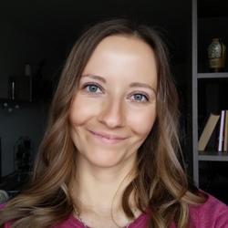 Daniela Revajova - inglés a eslovaco translator