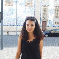 Amira Aloui - inglés a árabe translator