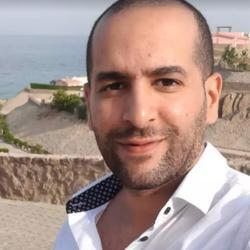Hussein Mamdouh - inglés a árabe translator