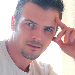 Erwan GUILLET - Italian to French translator