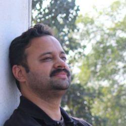 Aditya Tamaskar - inglés a hindi translator
