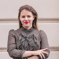 OANA MACSIM - inglés a rumano translator