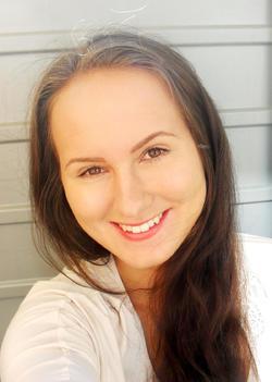 Olga Ruckova - inglés a eslovaco translator
