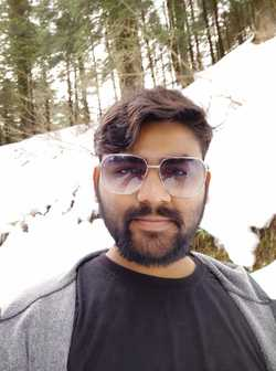 Ravi Shah - English a Gujarati translator