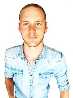 Joren Vallaeys - English to Dutch translator
