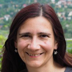 Judit Darnyik - German a Hungarian translator