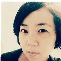 Essie Lee - koreański > angielski translator