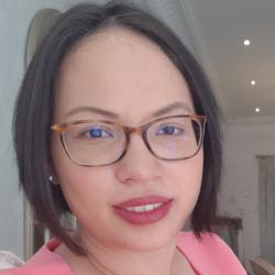 Victoria Paulsson - inglés a tailandés translator