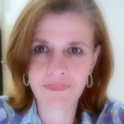 Regina Dias - English to Portuguese translator