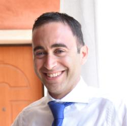 Andrea D'Ambra - French a Italian translator