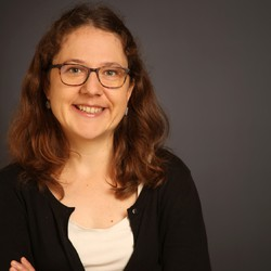 Nora Walzer - Russian to German translator