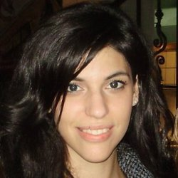 Georgia Kalozoumi - angielski > grecki translator