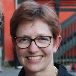 Marianne Dahl - English a Danish translator