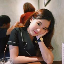 Sunsiri Kongsawadvorakul - inglés a tailandés translator