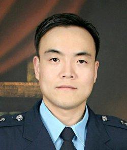 Gyeom Ahn - angielski > koreański translator