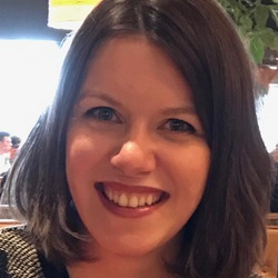 Lauren Elstob - portugués a inglés translator