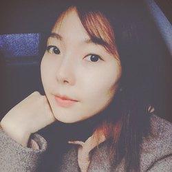 Megan Cho - angielski > koreański translator