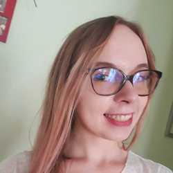 Tetyana Kuts - ruso a ucraniano translator
