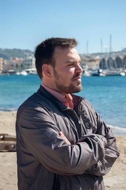 Kostas Bouzakis - inglés a griego translator