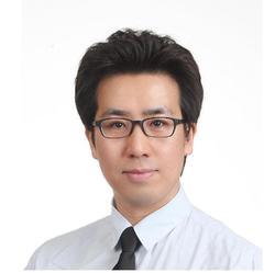 DONGJEH WOO - koreański > angielski translator