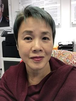 Busaba Sivasomboon - inglés a tailandés translator