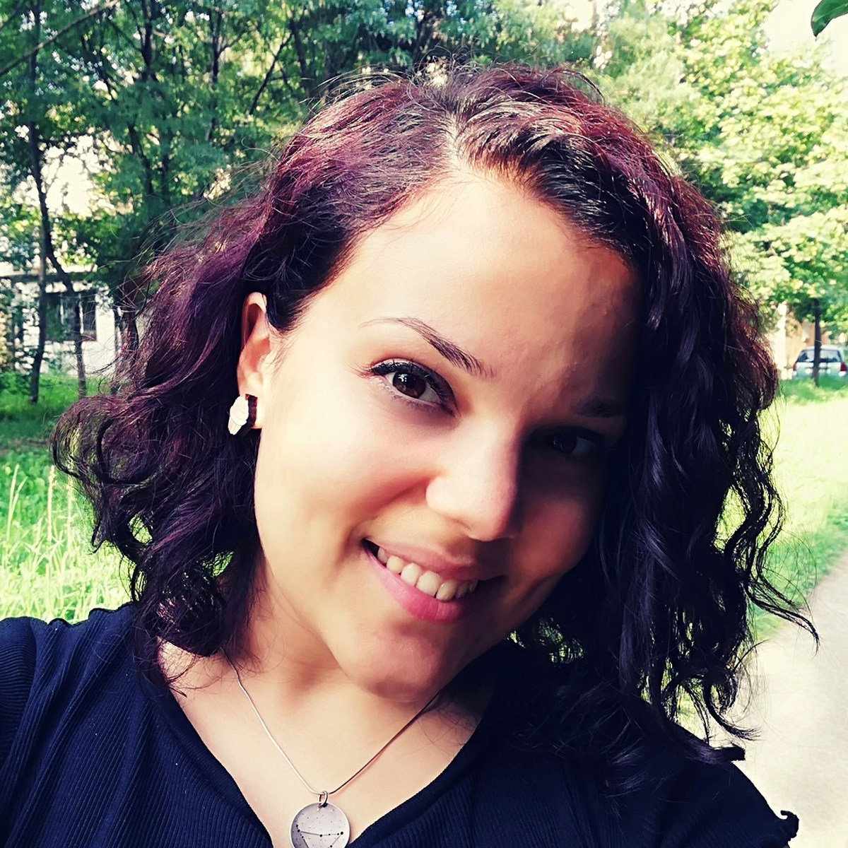 Neli Trifonova - English to Bulgarian translator