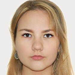 Ievgeniia Maksymenko - angielski > rosyjski translator