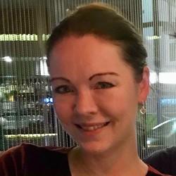 Linda Odegaard - inglés a noruego translator