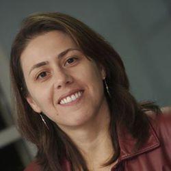 Claudia Gouvea - inglés a portugués translator