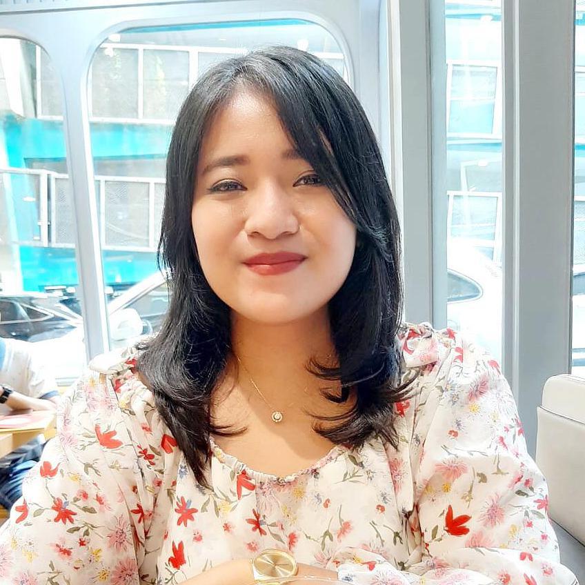 Sri Lestari Indah Permata Sari - angielski > indonezyjski translator
