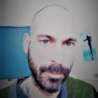 Vangelis Ntougkos - inglés a griego translator