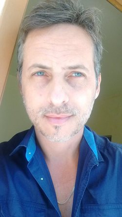 Giuliano Murta - inglés a portugués translator