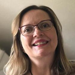 Elisa Boynton - angielski > fiński translator