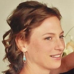 Megan Frances King - portugués a inglés translator