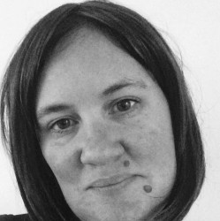 Rosalind Van Aalen - español a inglés translator