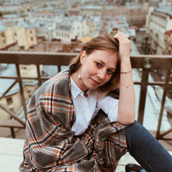 Daria Zotova - angielski > rosyjski translator