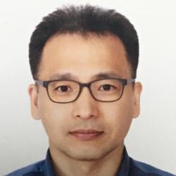 Heechoon Kang - angielski > koreański translator