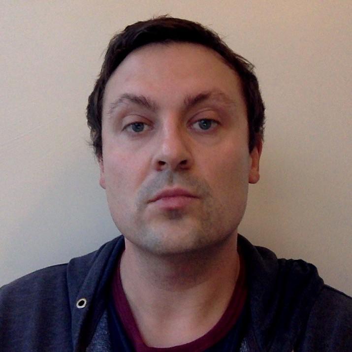 Rhys Langley - szwedzki > angielski translator