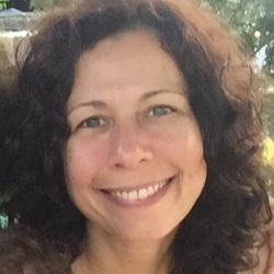 Gabriela Piccolo - Spanish to Portuguese translator