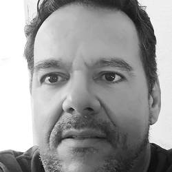 Luis Machado - English to Portuguese translator